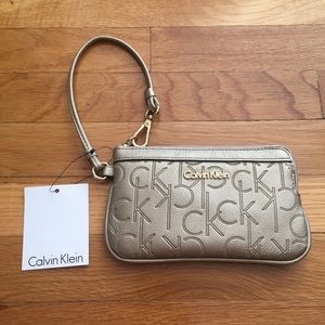 BRAND NEW WITH TAGS Calvin Klein Wristlet Gold